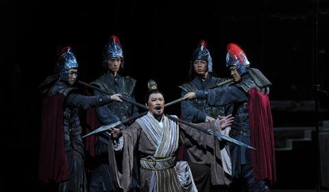 娱乐世界注册省八艺节开幕式表演剧目《余子俊》在榆林震撼首演