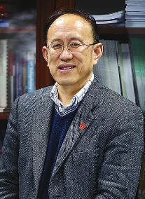 管晓宏:科学院院士,多才多艺的跨界学者