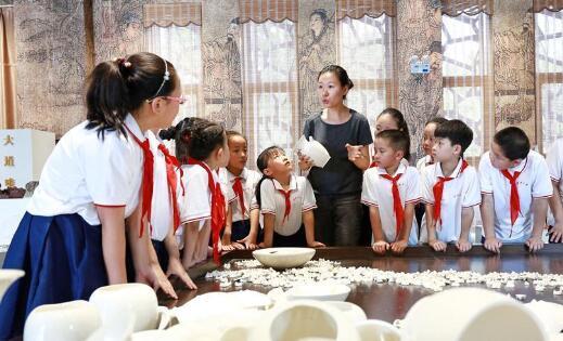 河北内丘,学传统文化 过精彩暑假