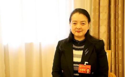 太阳城注册网址太阳城集团网址省政协委员李瑛建议加快建设快递行业工会