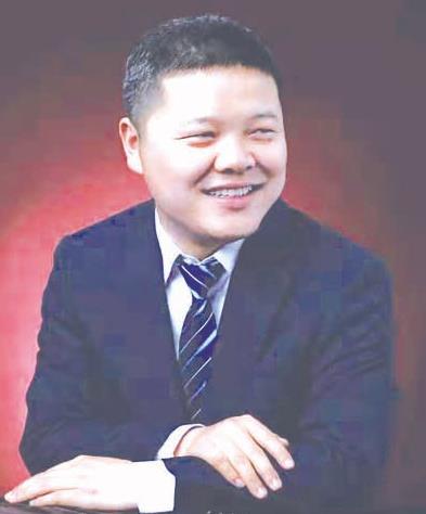 张旭明:西安市福建福清商会执行秘书长