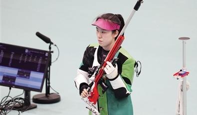 苗婉茹:女子50米步枪三姿赛超世界纪录夺冠.jpg